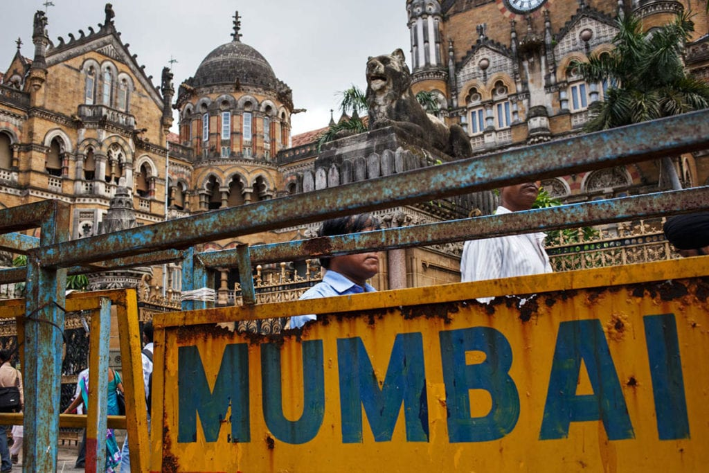 The Streets of Mumbai | © Maciej Dakowicz