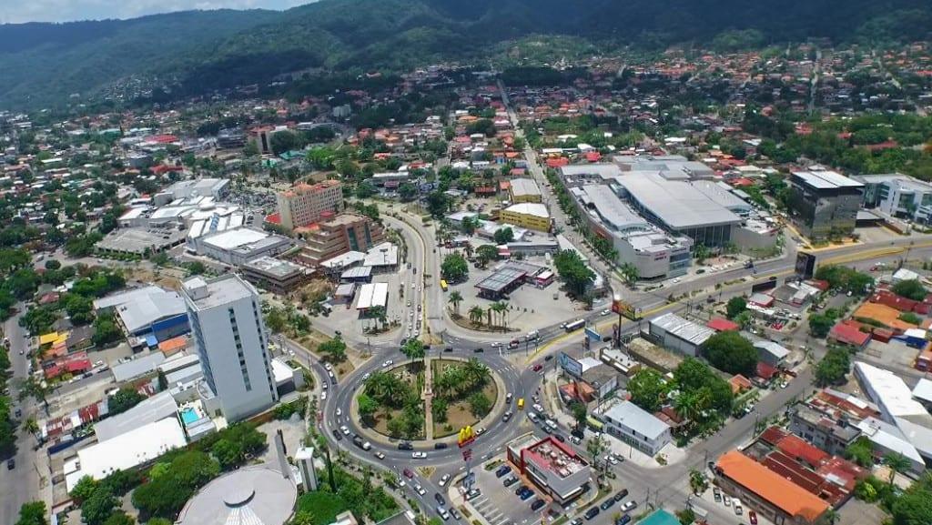 San Pedro Sula, Honduras © | Honduras Traveling