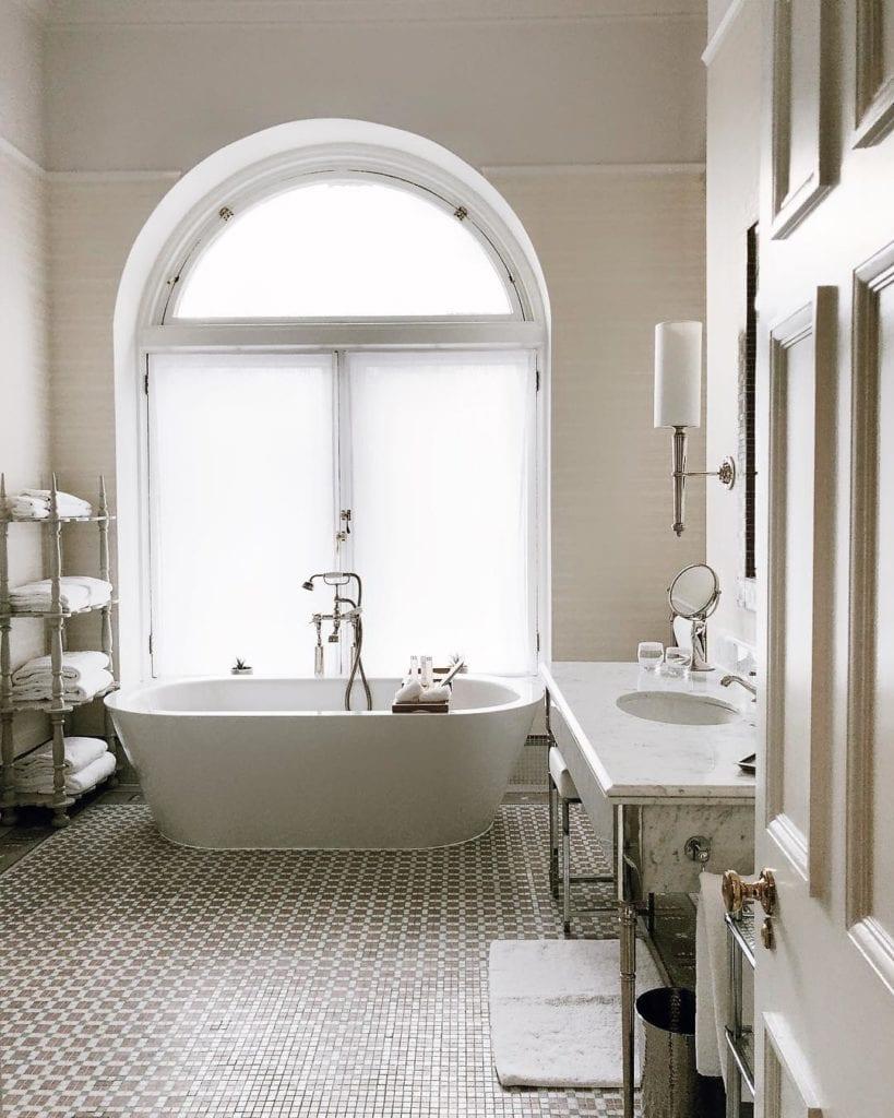 Luxurious accommodation at the Balmoral Hotel  | ©Facebook/BalmoralEdinburgh