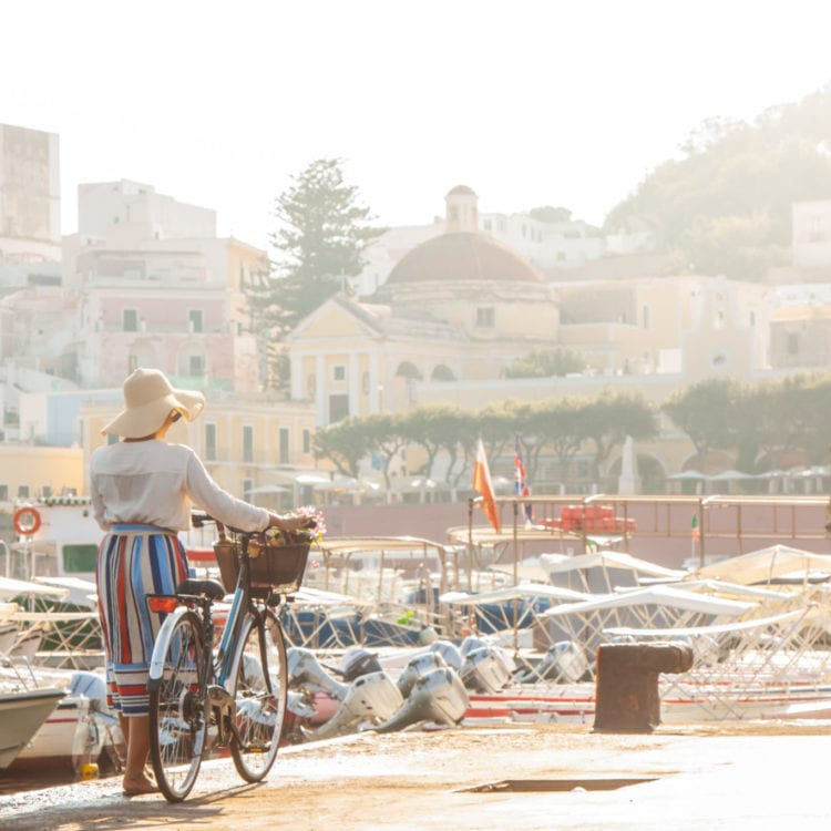 Bicycle Safety Tips for Female Travelers