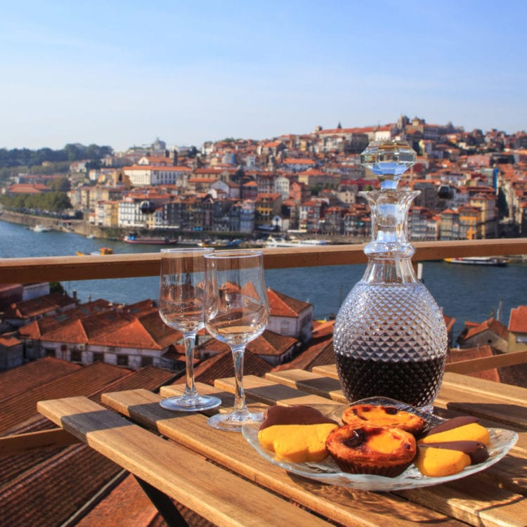 A Feminist City Guide to Porto