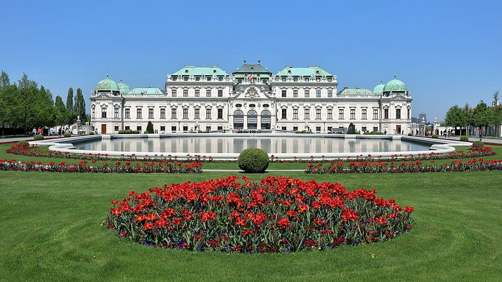 The Belvedere Palace and Museum   © bwag/Wikipedia Commons