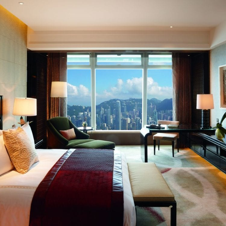 Review: The Ritz Carlton Hong Kong