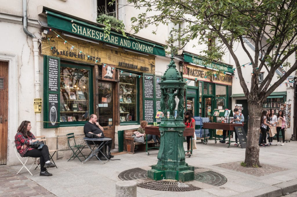 How to Experience 1920s Paris on Your Next Trip
