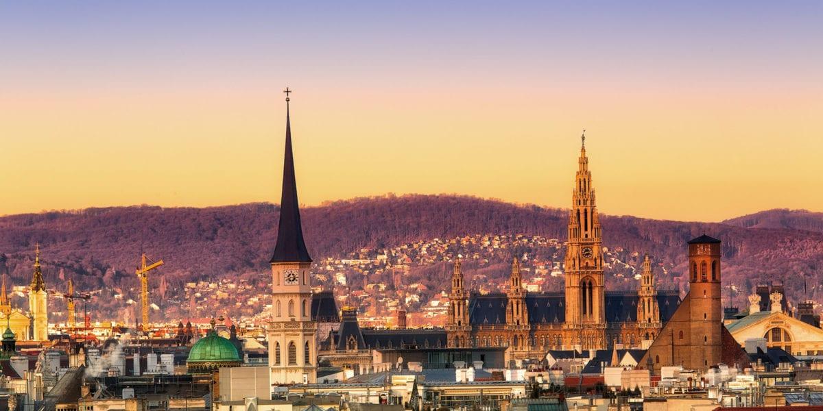 Vienna at sunset   © Alex Poison/Shutterstock