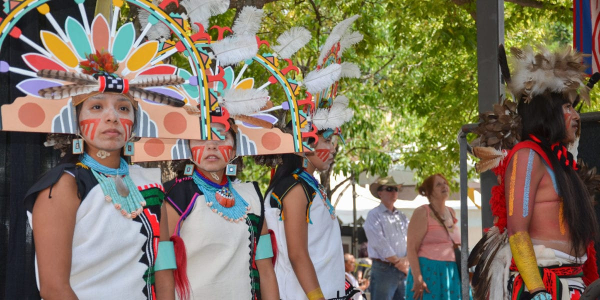 Santa Fe Market featuring the Hopi Tribe Dancers | © Victoria R./Shutterstock